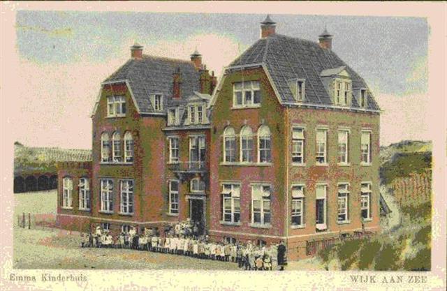 Maatschappelijk Werk Huizen : 1883 vakantiekolonies voor bleekneusjes en zenuwpeesjes canon